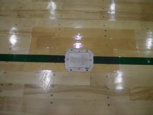 体育館床金具天板改修