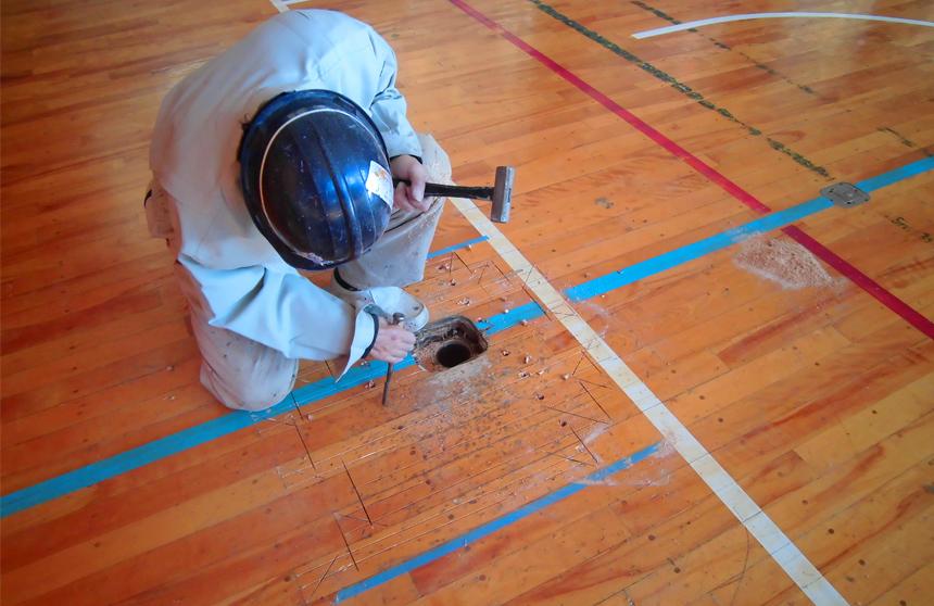 体育館バレーボール用床金具交換工事