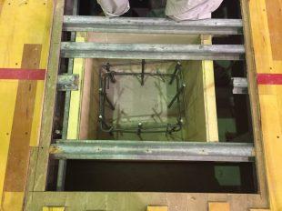 大学さまの体育館の床金具の基礎改修工事