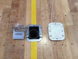 床金具の天蓋の交換および位置調整