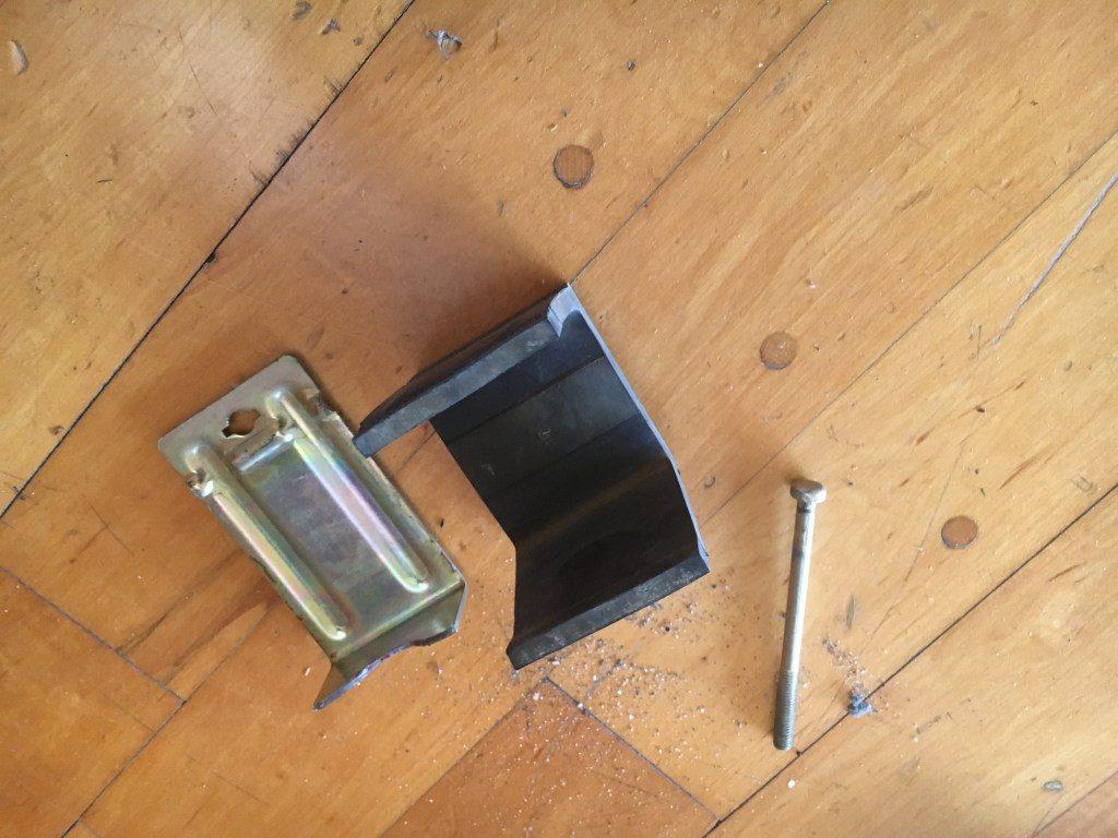 鋼製床下地損傷