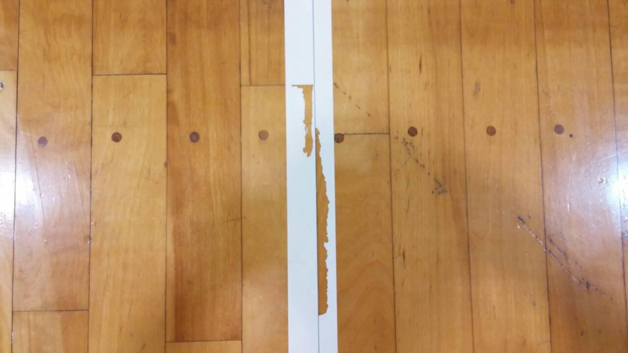 体育館床スポーツフロアの状況