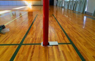 体育館用床金具の上蓋交換工事